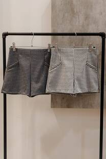 Short con elastico en la cintura de piel de Pul -
