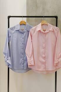 Camisa con lunares  -