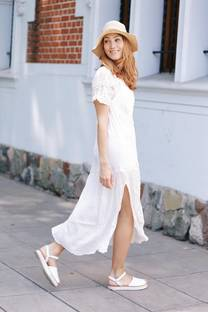 Vestido bordado SEBINA -