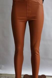 pantalon ecocuero con elastico