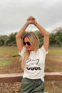 Remera SORRY COOL