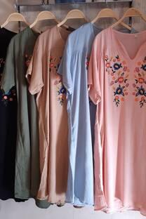 Vestido de Lino bordado