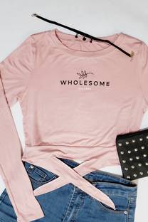 remera viscosa atras detalle con mono para atar estampado wholesome -