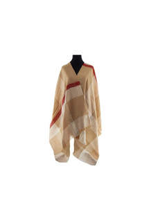 Modelo #41 Mantón beige-rojo de acrílico frizado desflecado.  Medidas: 70 cm x 180 cm -