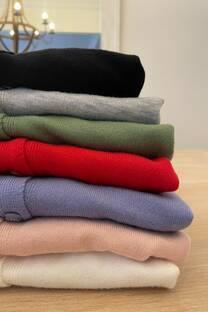 Sweater con botones -