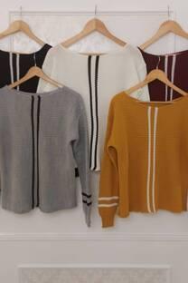 Sweater Bianca Con Detalles De Rayas Verticales Y Horizontales  -
