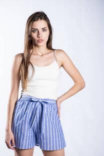 Short lino rayado -