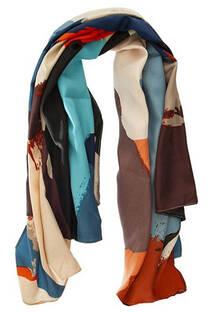 Pañuelo dama de seda cuadrado con estampado ikat.  Medidas: 90 cm x 90 cm -