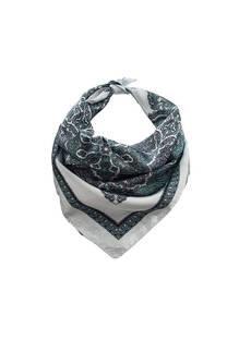 Pañuelo dama de seda cuadrado con estampado mandala.  Medidas: 90 cm x 90 cm