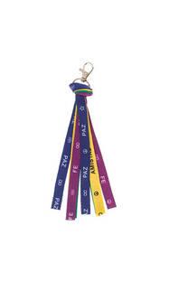 Llavero cinta fina diseño colores. Medida: 15 cm -