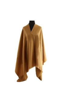 Mantón Liso de lana Suela.Composicion: Lana Frizada zig-zag Color: Suela Medidas: 75 cm x 200 cm. -