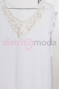 Musculosa Bámbula con Broderie  -