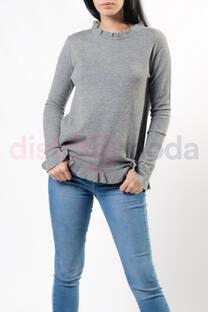 Sweater con volados simples -