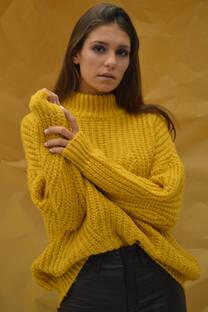 Sweater cuello alto calado -