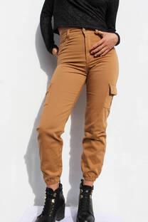 Pantalon Cargo Camel -