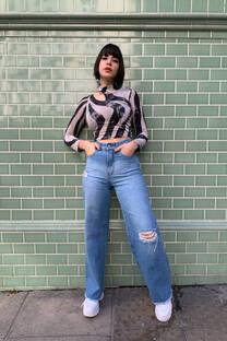 Jeans wide leg rígido azul Localizado c/ roturas ruedo deflecado  -