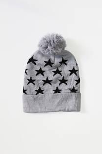 Gorro rocky infantil con estrellas con pompón. -