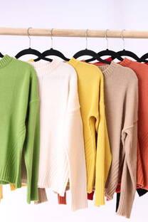 Sweater rayas en el centro  -