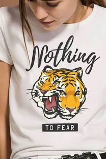 Remera Nothing to fear -