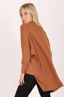 Sweater Espalda Larga -