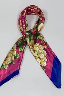 Pañuelo satén floral 90x90 -