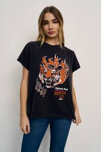 5015 – Remera Tigre Fire  -