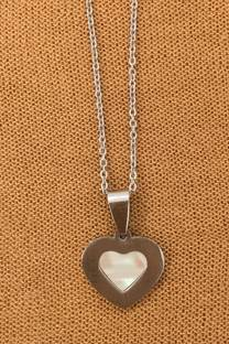 Corazón de acero con nácar -