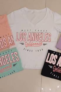 Remera Los Angeles California Escote V  -