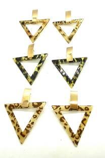 Aro metal triángulo carey -