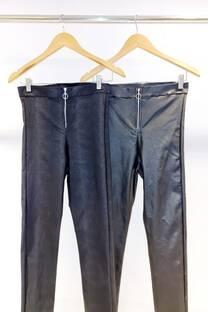 Pantalon con cierre -