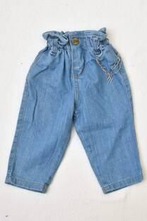 jeans mom  línea beba  -