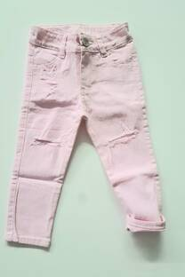 Pantalón con roturas Beba