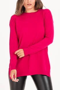 Sweater largo con tajo -