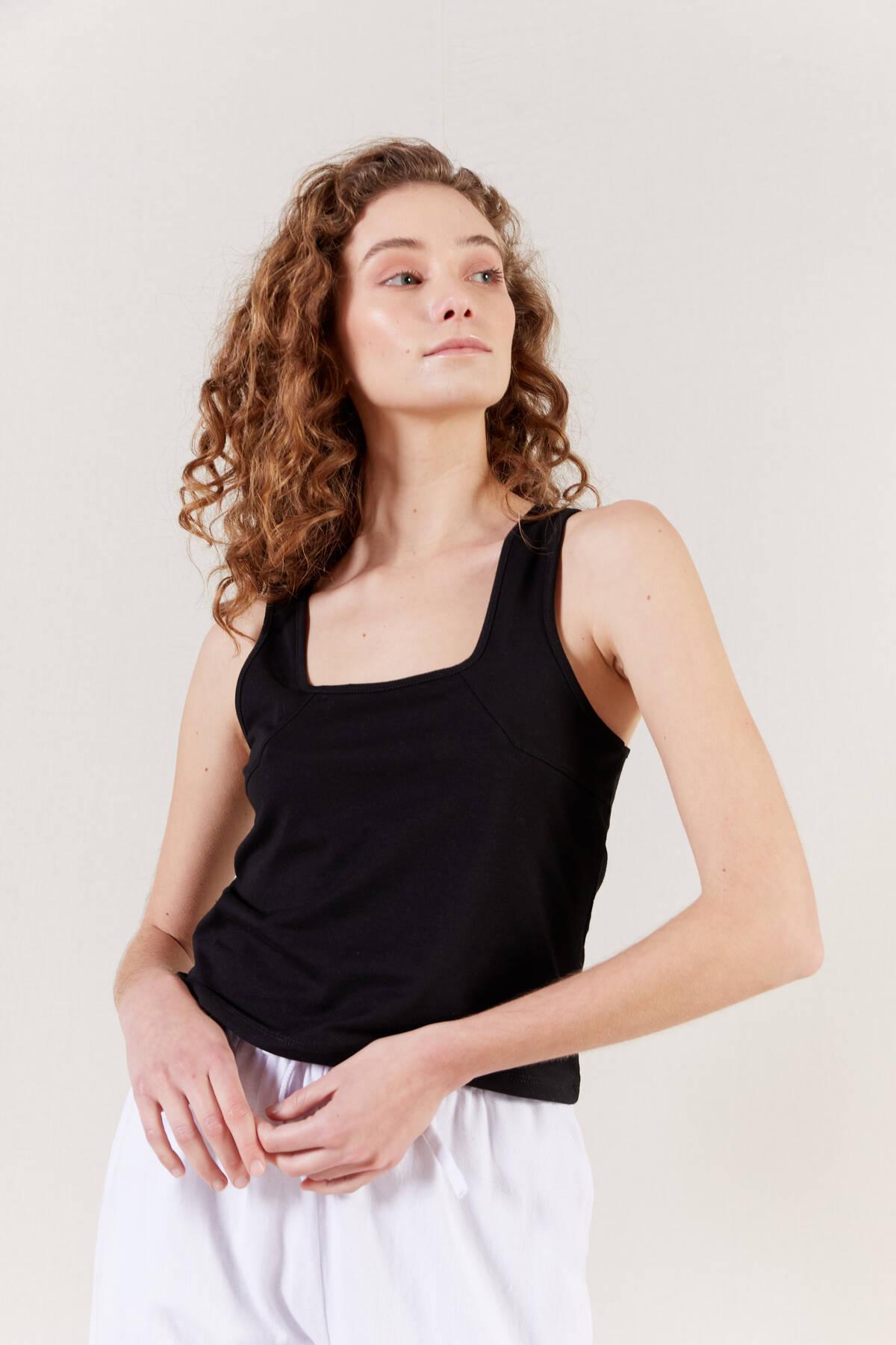 Imagen producto Musculosa Acacio 2
