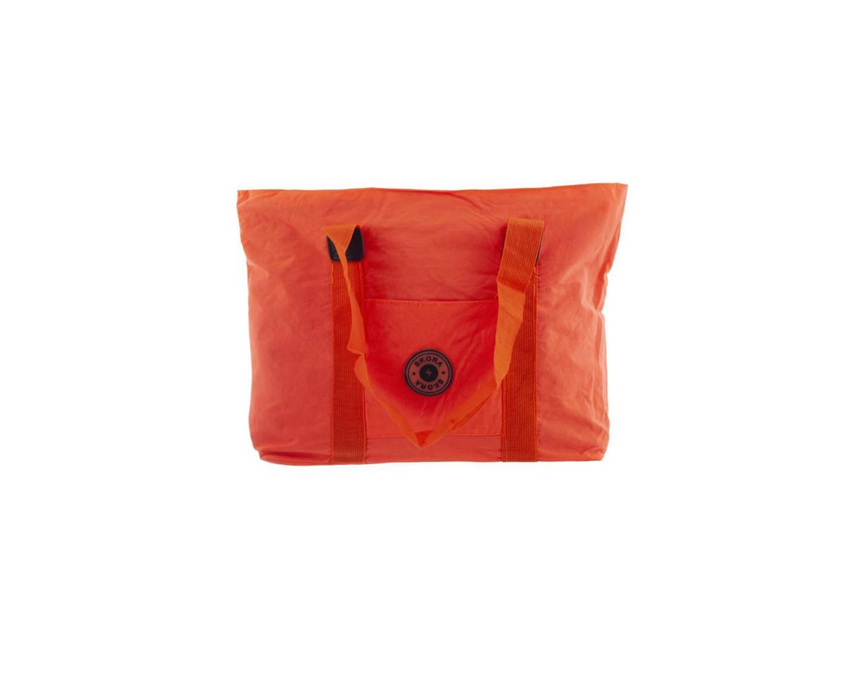 Imagen carrousel Cartera tela impermeable con bolsillo interno, trasero, y frontal. Manijas de agarre.  Medidas: 30 cm x 45 cm 2