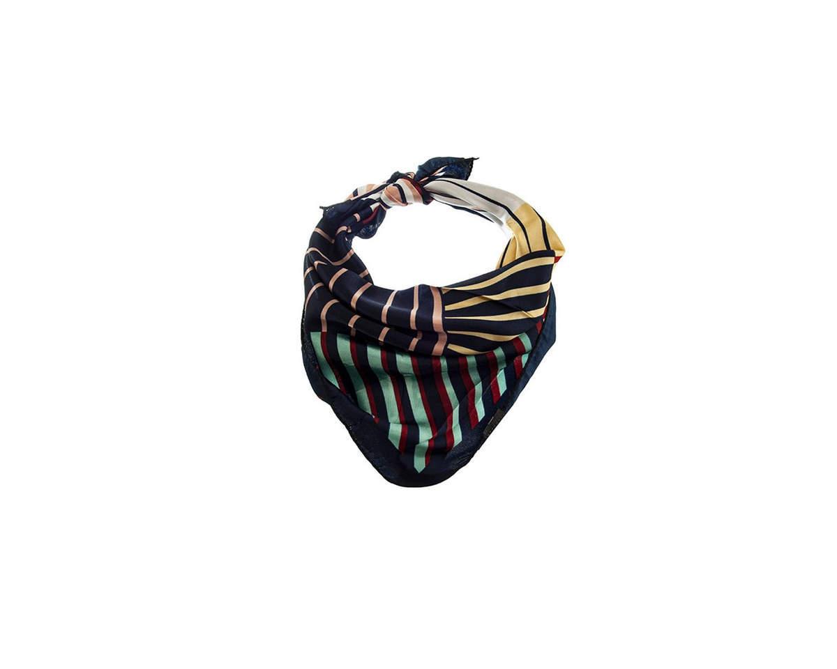 Imagen carrousel Pañuelo dama de seda cuadrado con estampado a rayas.  Medidas: 50 cm x 50 cm 3