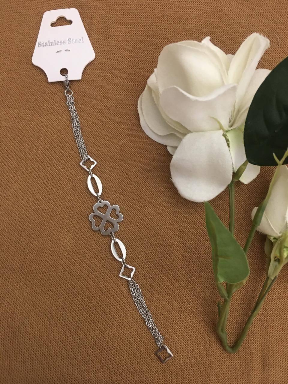 Imagen producto Pulsera cadenas con flor corazón Acero quirúrgico 0